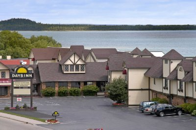 Days Inn Lakefront St. Ignace 1 of 11