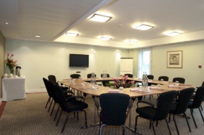 Meeting Room Connaught 15 of 16