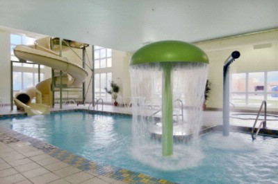 Indoor Swimming Pool 4 of 12