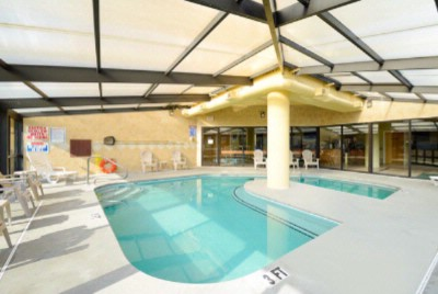 Small Heated Indoor Pool 5 of 24