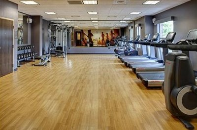 Fitness Center 7 of 31
