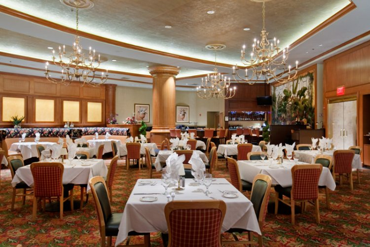 Salvatore\'s Italian Restaurant 27 of 31