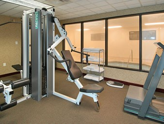 Fitness Center And Whirlpool 8 of 11