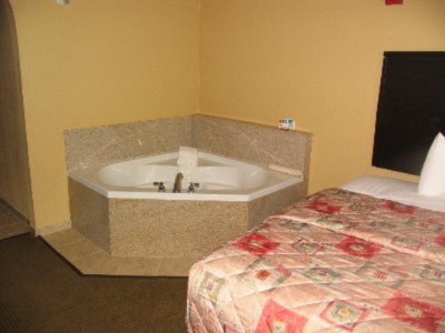 Spa Suite 7 of 10