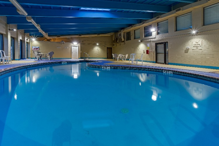 Indoor Heated Pool 7 of 13