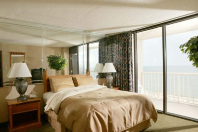 All Oceanfront Suites And Rooms 4 of 11