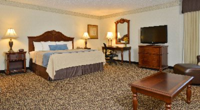 Our Executive King Rooms Are The Perfect Room. 10 of 11