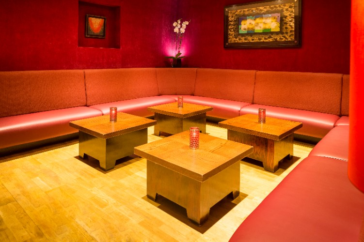 Le Chinois -Red Room 12 of 31