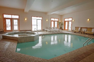 Indoor Pool And Whirlpool 4 of 16
