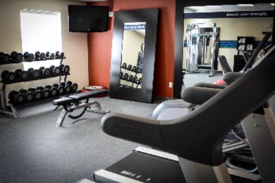 Complimentary Fitness Center With Precor Equipment 10 of 12
