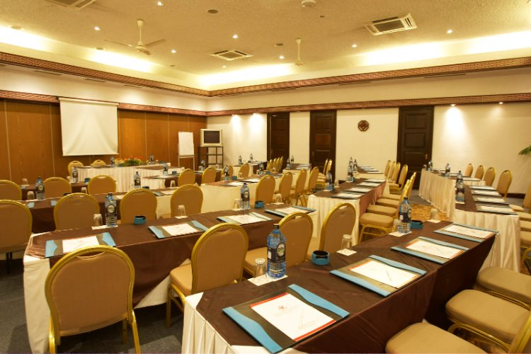 Meetings & Conferencing 3 of 8