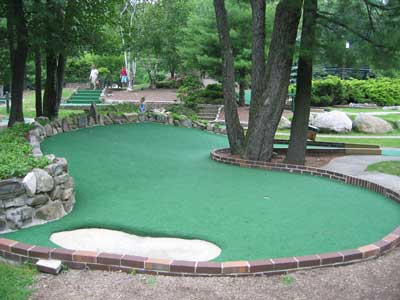 Mini Golf 7 of 10