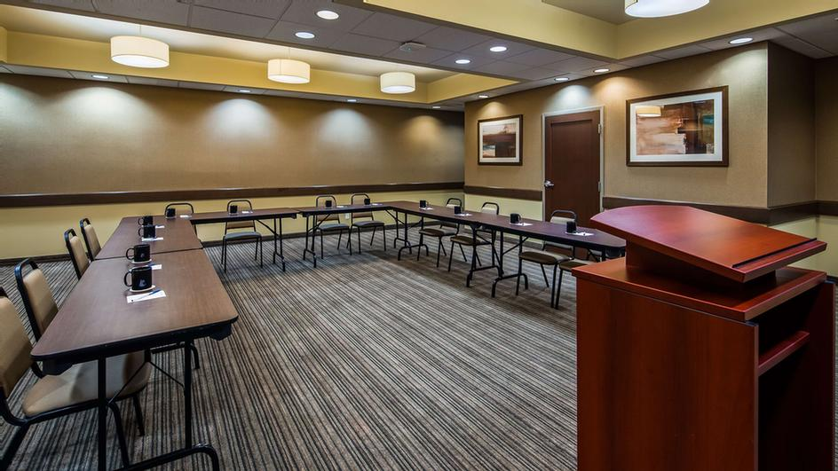 Our Large Meeting Room Is Perfect For Meetings And We Have All The Audio And Visual Equipment You Could Need. 8 of 16