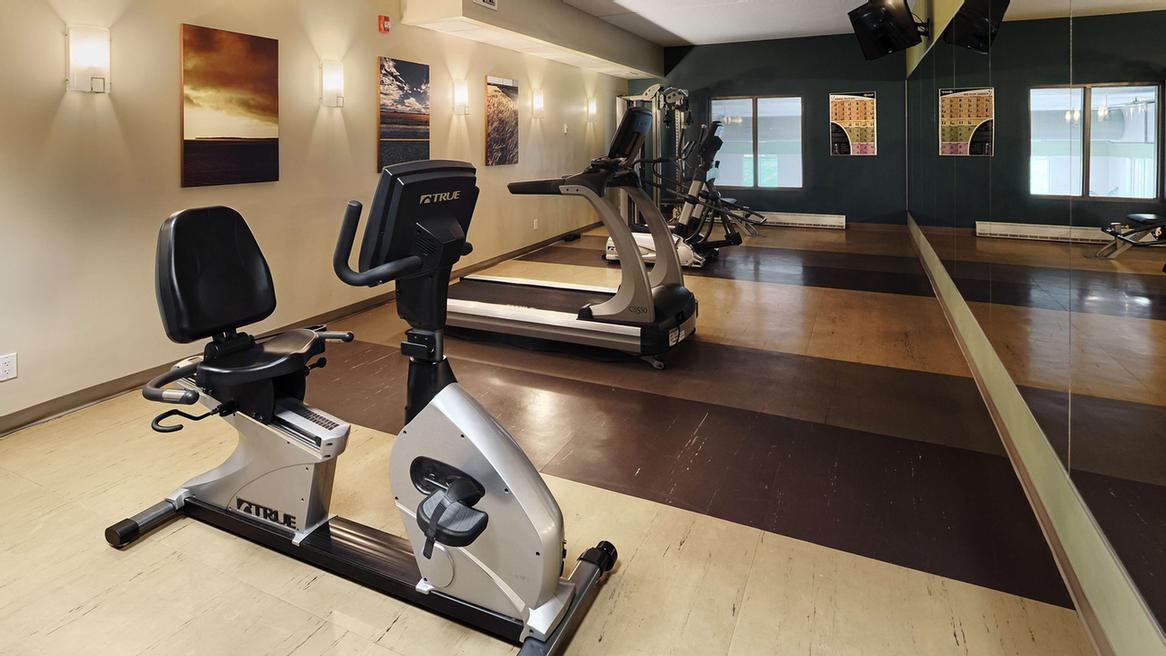 Our Fitness Centre Is Open From 6am-10pm With State Of The Art Machines. 10 of 16