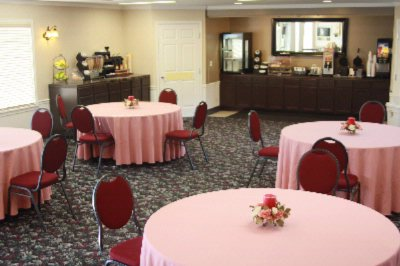 Continental Breakfast Room 3 of 11
