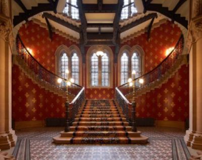 The Grand Staircase Perfect For Drinks Receptions And Photography 8 of 16