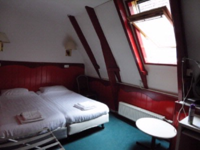 Small Twin Attic Room 7 of 7