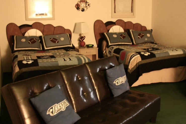 Stadium Suite-2 Double Beds & 1 Queen Pull Out Couch 5 of 23