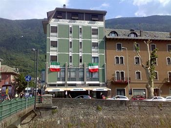 View Of The Hotel 2 of 8