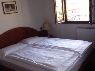 Double Bed Room 4 of 8