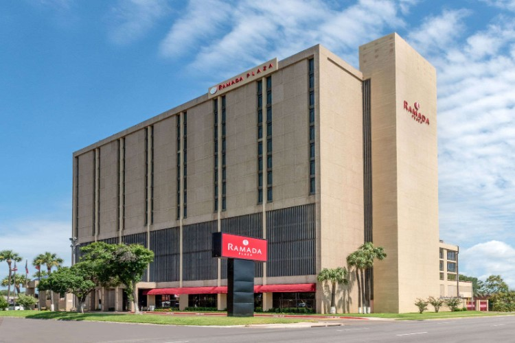 Ramada Plaza Laredo 1 of 24