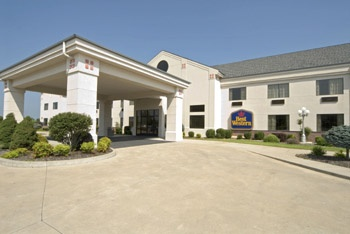 Best Western Locust Grove Inn & Suites 1 of 7