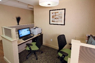 Free Business Center And High Speed Internet 7 of 16