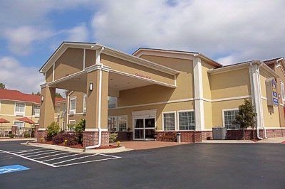 Discover Best Western Plus Sherwood Inn & Suites Offering Guests Charming Accommodations And Extraordinary Customer Service. 4 of 19