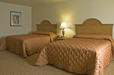 Bring Your Family And Stay In One Of Our Double Queen Rooms 4 of 5