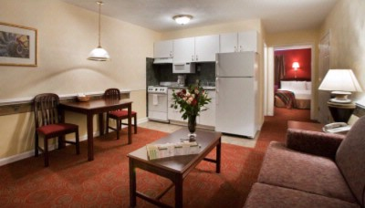 Luxbury Inn & Suites 1 of 10