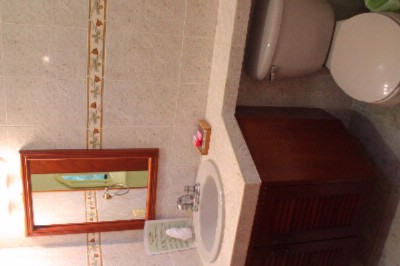 Green Oasis Home Boutique Deluxe Queen Suite Bathroom With Shower 14 of 16