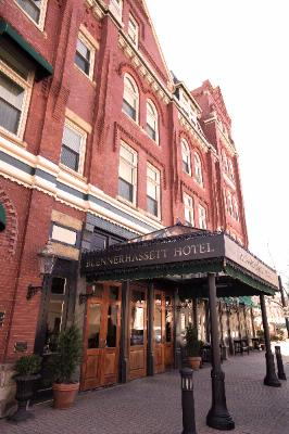 Blennerhassett Hotel Exterior 15 of 21