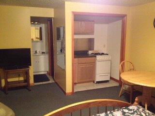 Extended Stay Kitchenette 8 of 15