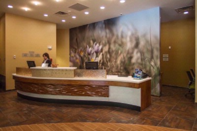 Front Desk 7 of 13