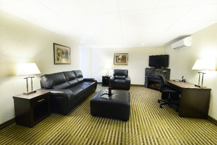 Executive King Suite 6 of 6
