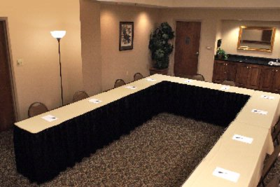 Pearl Meeting Room To Accomodate A Meeting Up To 25 People 11 of 14