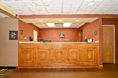 Front Desk 3 of 18