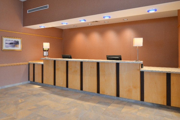 Front Desk 21 of 22