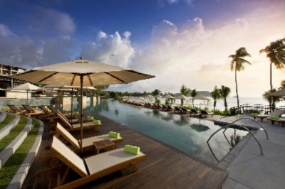 Radisson Blu Plaza Resort Phuket Panwa Beach 1 of 13