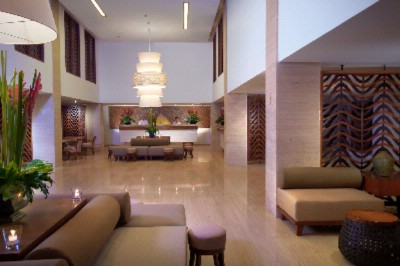 Lobby Lounge 13 of 16