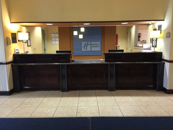 Front Desk 21 of 25