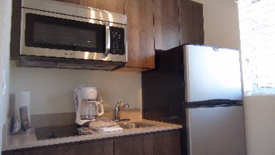 Deluxe Studio\'s And 1 Bdrm Have Full Kitchens 9 of 11