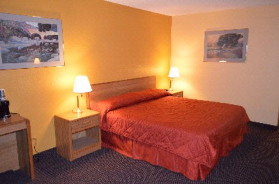 King Bed Room 8 of 11
