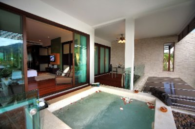 Indulge In Huge Jacuzzi 6 of 31