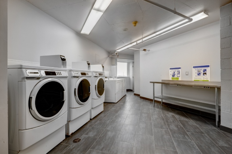 On Site Laundry Facilities 7 of 14