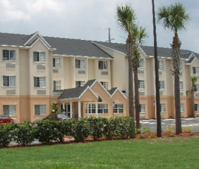 Microtel Inn & Suites of Bushnell Florida 1 of 9