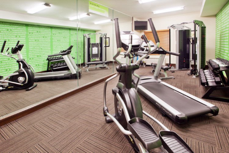 Fitness Room 8 of 13