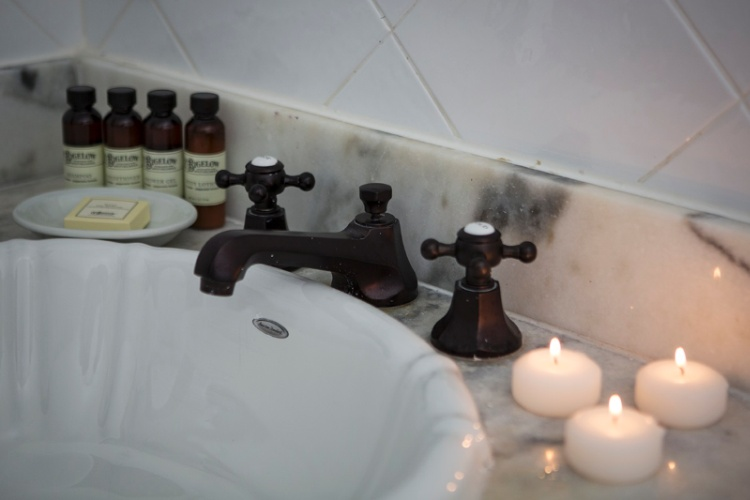 Bath Amenities 3 of 9