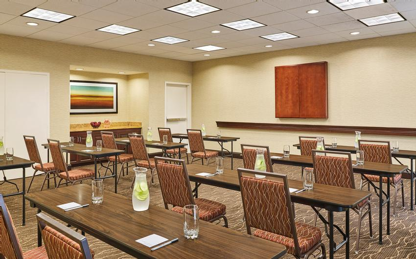 Let The Hampton Inn & Suites Schertz Make Your Meeting Or Event A Success In Our 650 Square Foot Meeting Space. Your Attendees Can Stay Connected With Our Complimentary High Speed Wireless Internet. 6 of 14