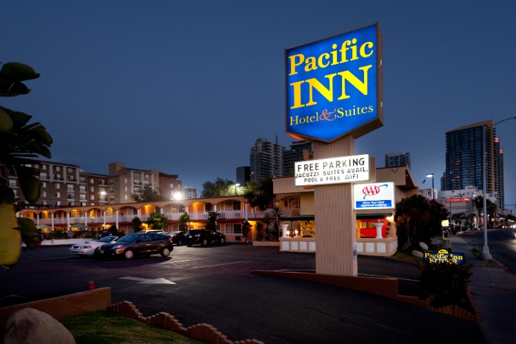 Pacific Inn 1 of 6